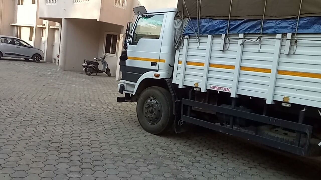Online Buying of Trucks   Truckbhada com